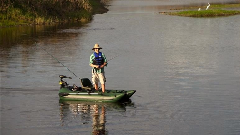 What Are The Best Inflatable Fishing Boats Buying Guide